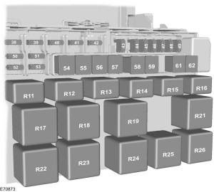 Ford Transit mk7 (2006) - standard relay box
