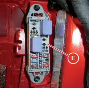 Ferrari F12Berlinetta - fuse box diagram - luggage compartment - box E