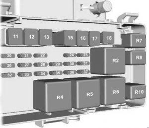 Ford Transit - fuse box diagram - engine compartment